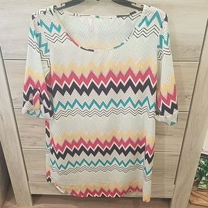 Half sleeve boutique Chevron dress